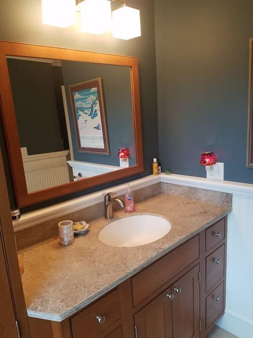 penny-lane-bath-vanity
